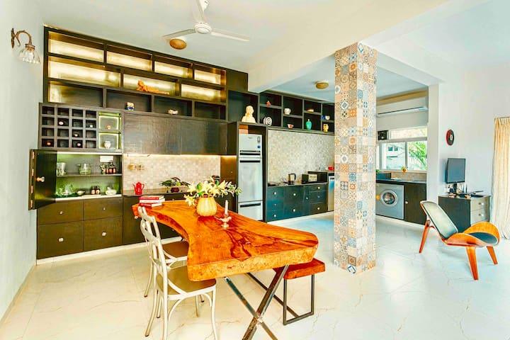 Designer Retreat Terrace Villa near Vagator/Anjuna