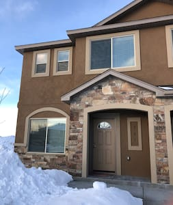 Cozy Townhome, Byui, Yellowstone, Targhee