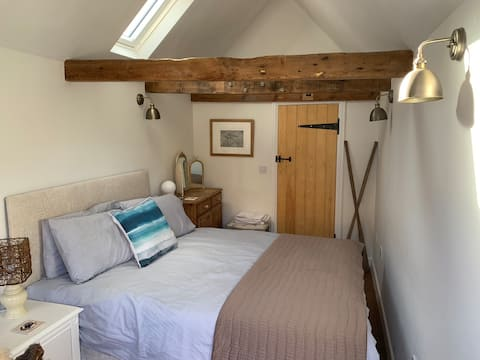 The Old Victoria - a cosy one bed guesthouse