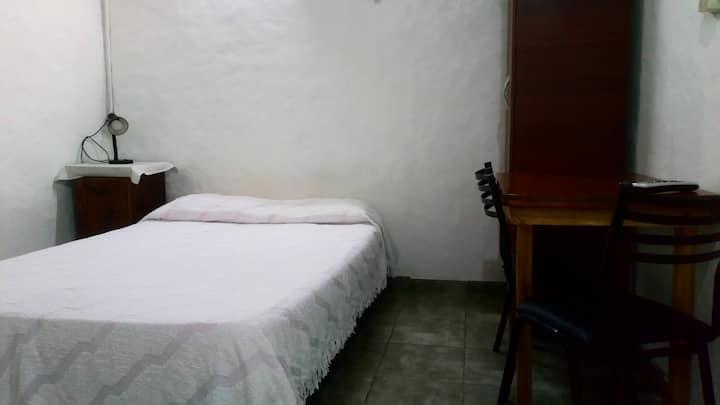 Departamento para 2 personas,  cocina, habitacion
