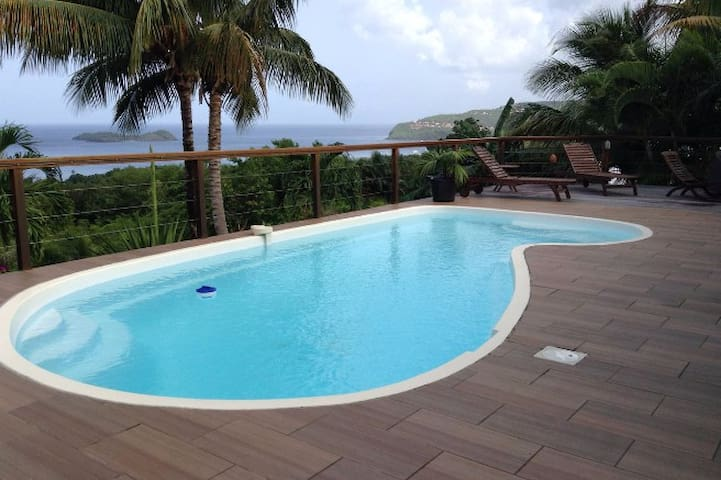 chambre dans  villa avec vue mer et piscine - GP - Villa