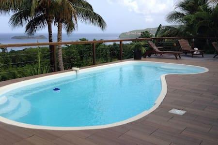 chambre dans  villa avec vue mer et piscine