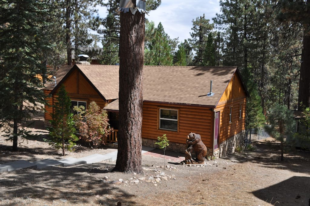 Top rated cubby bears cabin cabins for rent in big bear for Big bear cabins california
