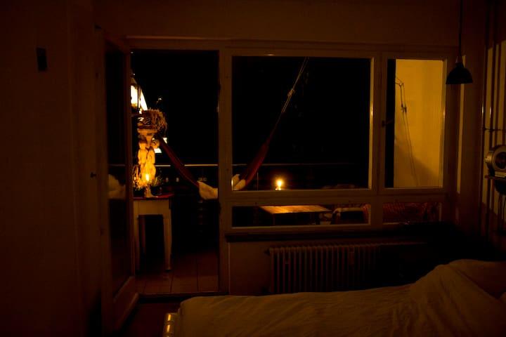 Schönes Zimmer mit eigenem Balkon