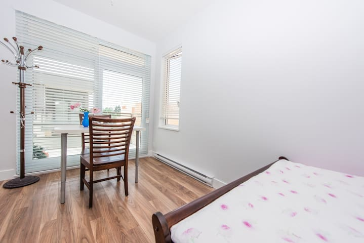 second bedroom with table