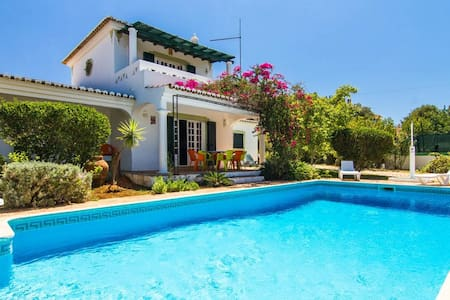 BEACH HOUSE ALGARVE - Heated Pool - UP TO 8 - Almancil - House