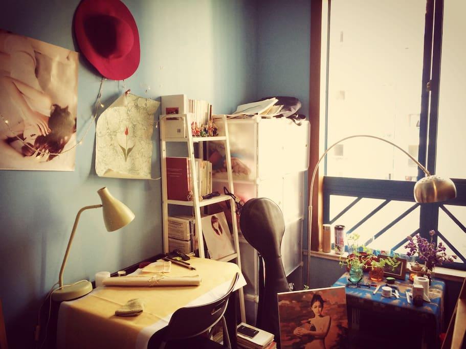 弹琵琶、写书法、看看书、喝喝茶