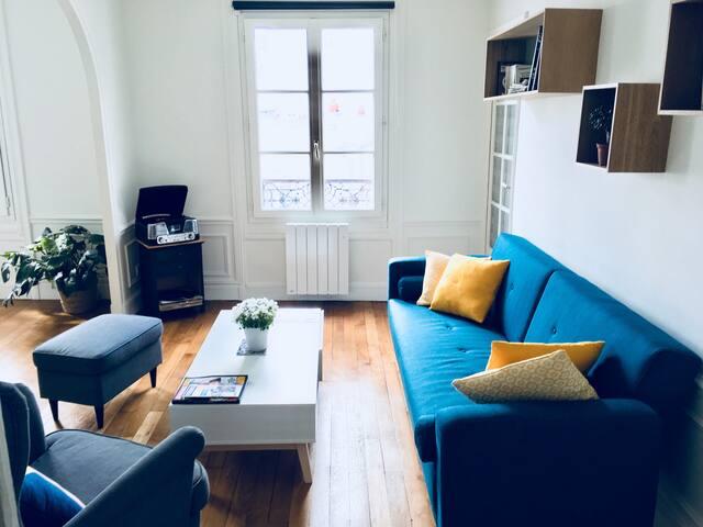 Jolie chambre - Nice bedroom in MONTMARTRE