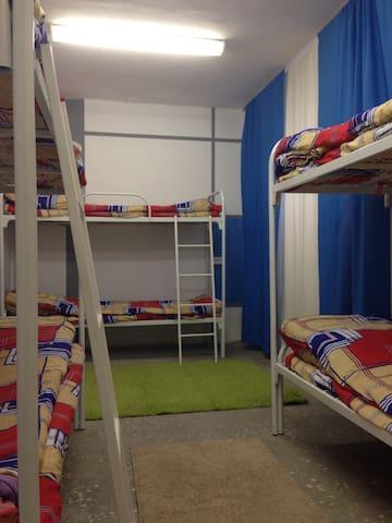 "Хостел ""DREEM HOUSE"" - Первоуральск - Bed & Breakfast"
