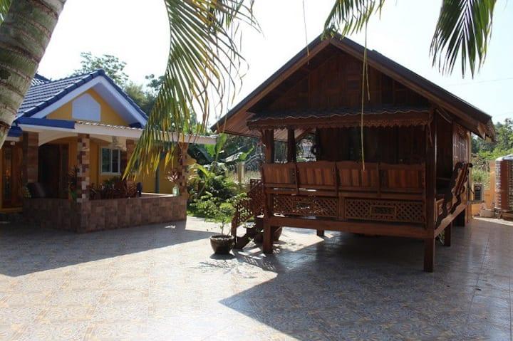 Thai Haus bei Dao und Klaus