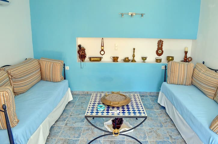 Villa Romanza beach front - Chalki - Willa