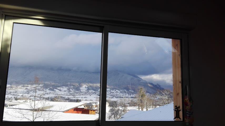 Appartement agréable entre lacs et montagne - Héry-sur-Alby - Appartamento