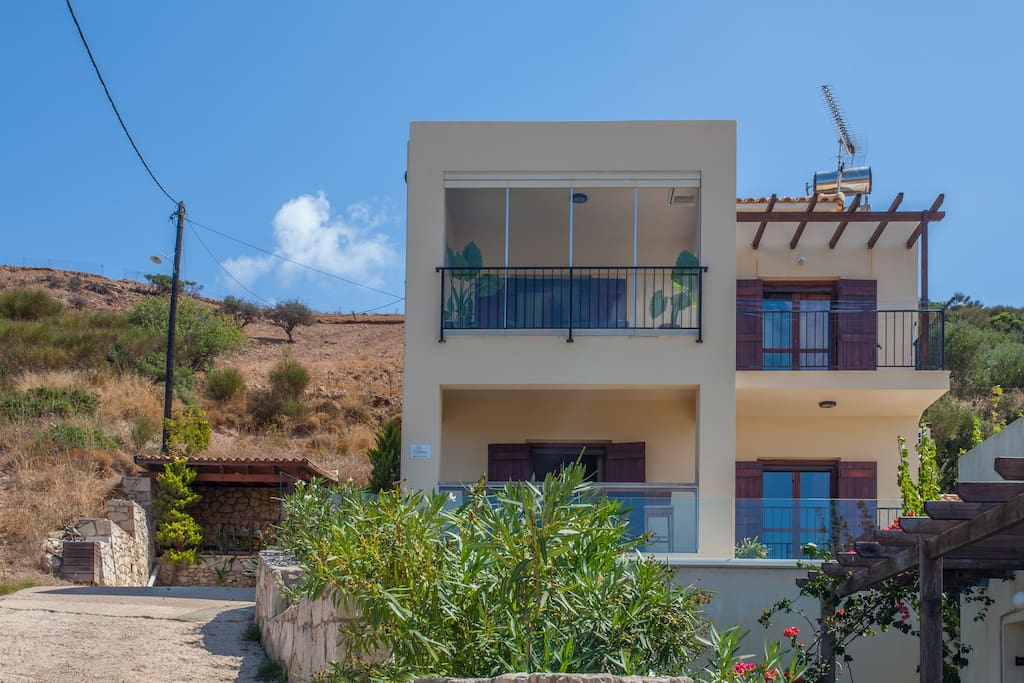 House in Ravdoucha with sea view!