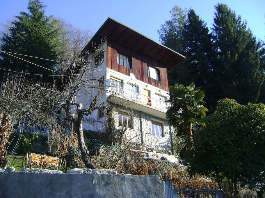 vista laterale casa