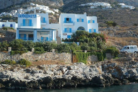 Nice rooms above the sea - Αμοργός - Bed & Breakfast