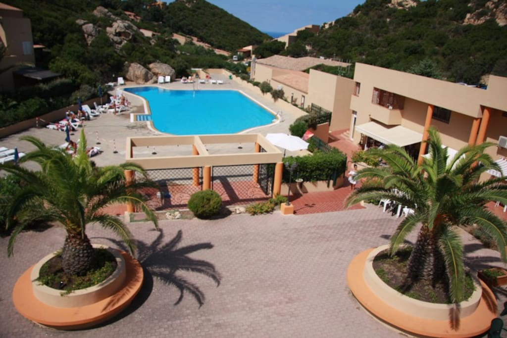 One Bedroom Apartment With Pool Apartments For Rent In