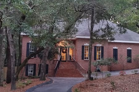 Southern Comfort in Historic Montrose / Fairhope - Apartment