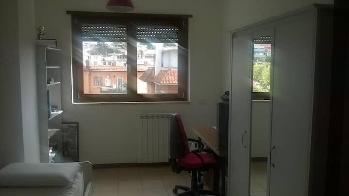 Camera disponibile - Roma Vitinia