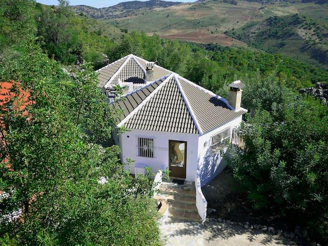 Houses Los Paraísos Escondidos - El Gastor - Dom