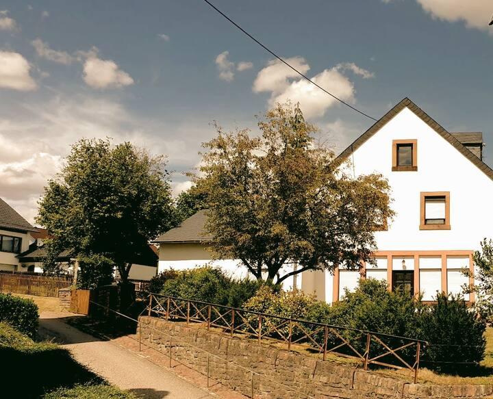 Alte Dorfschule Zerf - Große Pause