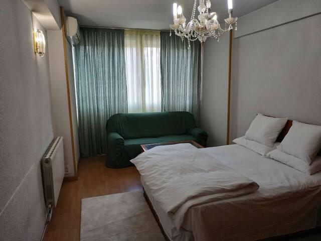 Habitación cerca de metro Carpetana