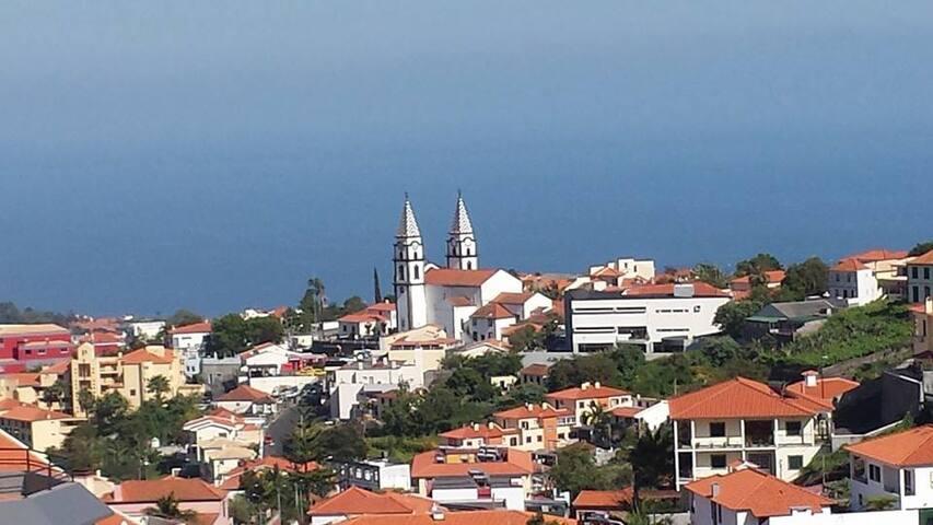 Funchal apartment quiet, bright, sea view, terrace