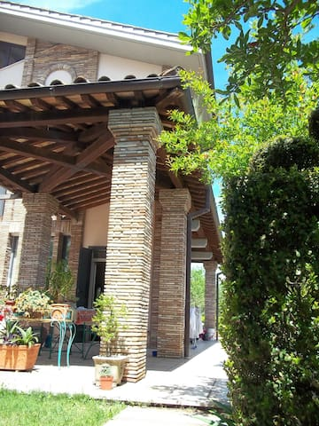 COSY ROOM WITH PRIVATE BATHROOM! - Civita Castellana - Vila