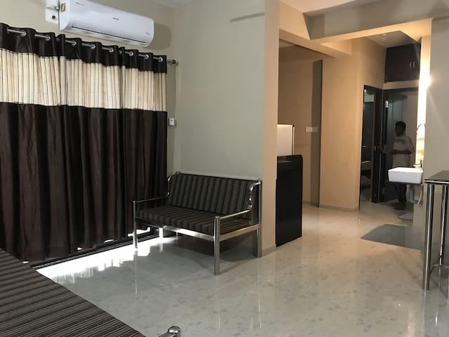 SHREE  AATITHYA - a flat for rent