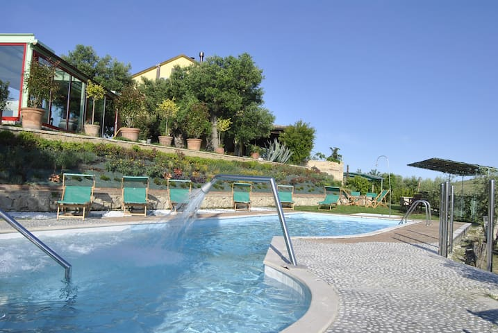 Luxury Villa in Marche countryside POOL free wine - Acquaviva Picena - 別荘