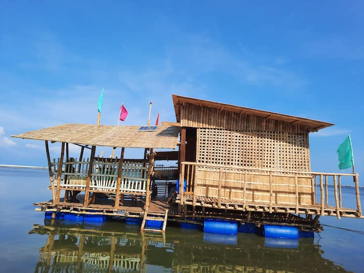 Mikee's Floating House