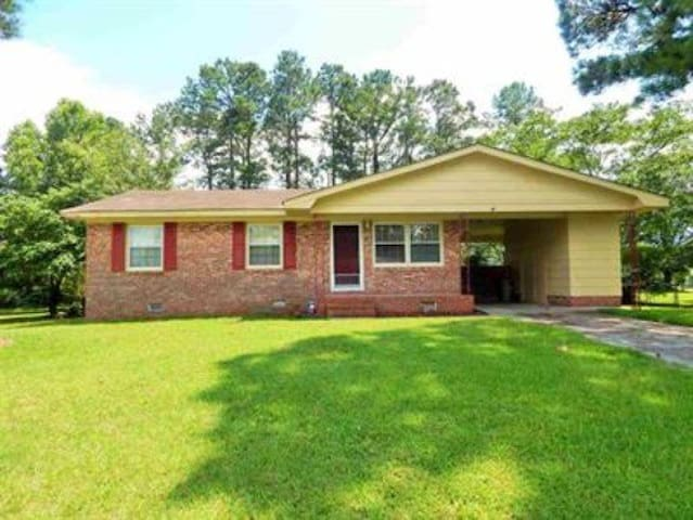Beautiful home near Camp Lejeune - Jacksonville - Huis