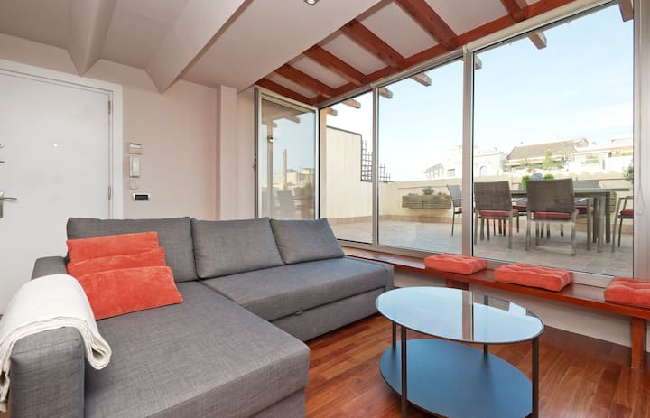 Centric Sunny Top Floor + Terrace