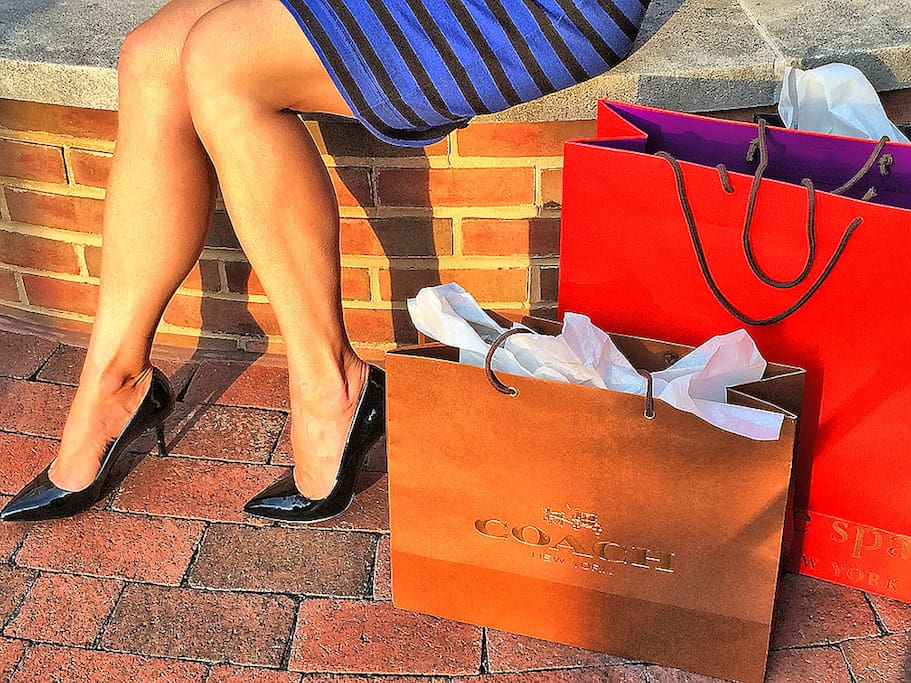 We are located in the heart of Georgetown's shopping district.