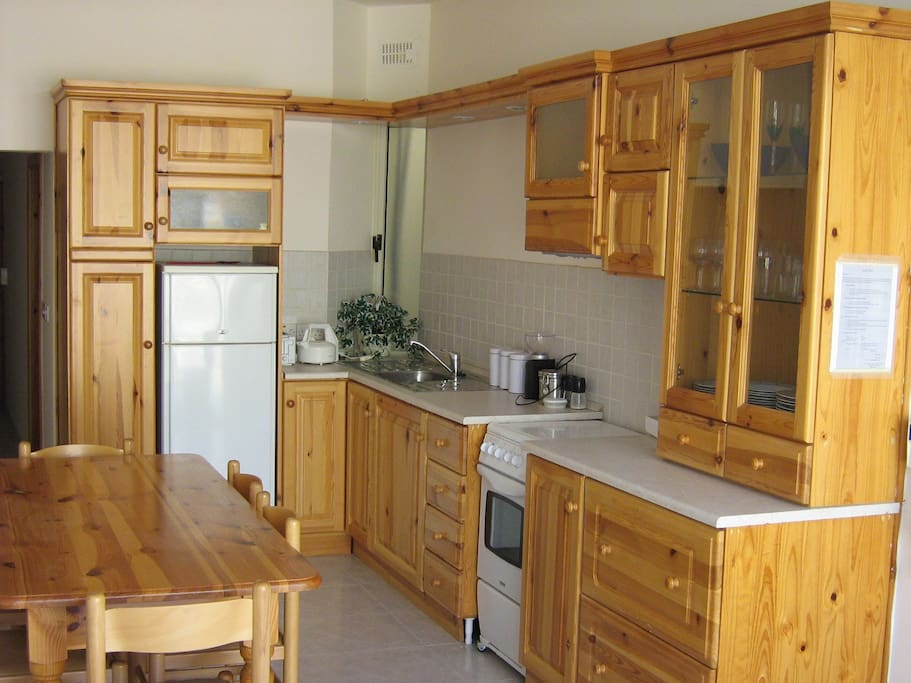 Kitchen / Dining room in pine wood