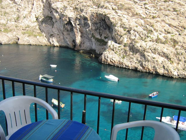 Waterfront apartment in Xlendi bay - Xlendi - Appartement