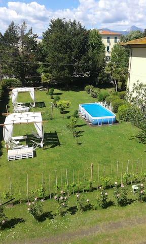 Villa Liberty con giardino 1 Piano 'Butterfly' - Torre del Lago Puccini - Apartamento