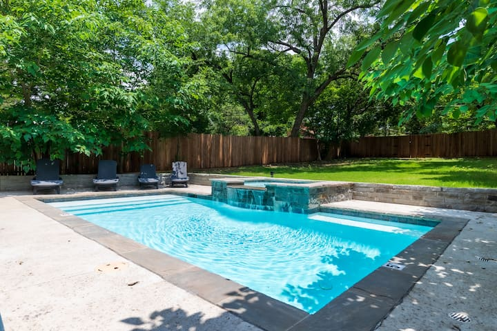 Private Home with Pool - 10 Min. to Downtown!