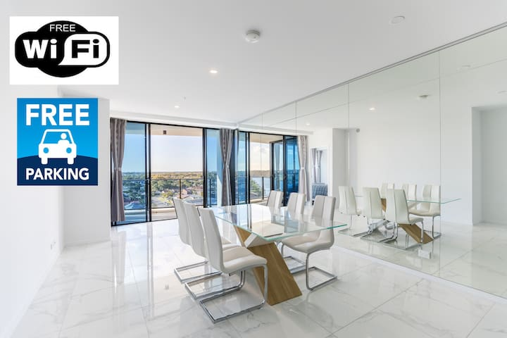 Waterview 3BR modern apartment near Harbour Town