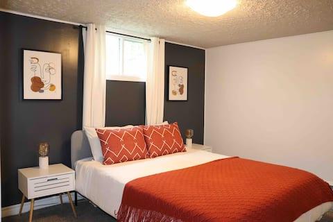Clean, Cozy and Warm - Premium Basement Apartment