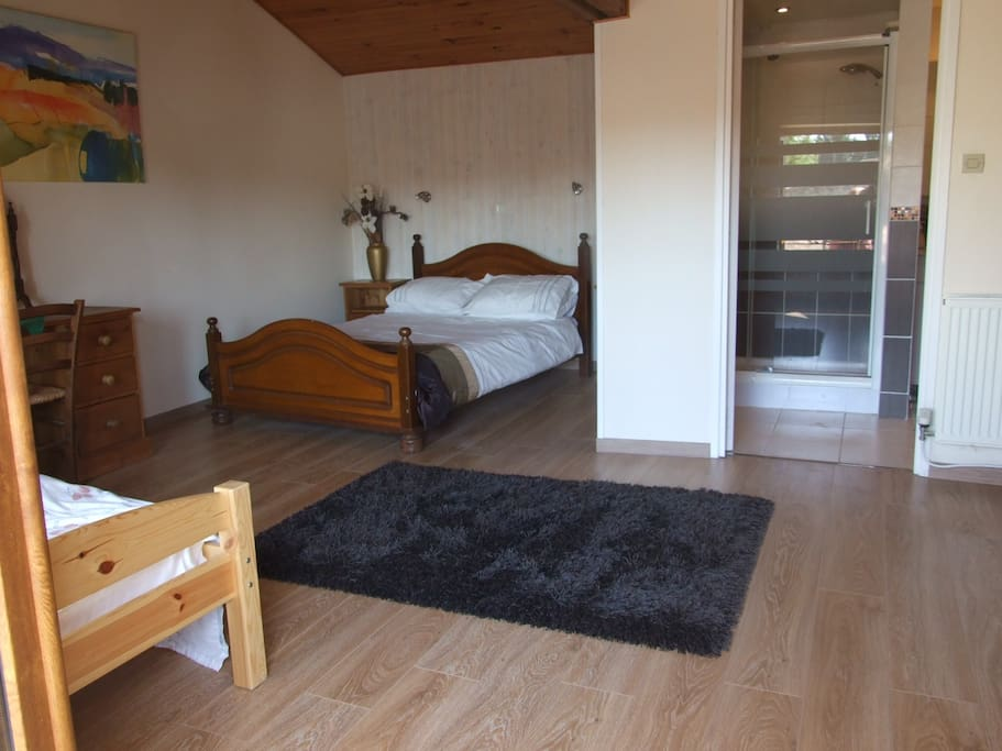 Large upstairs ensuite double