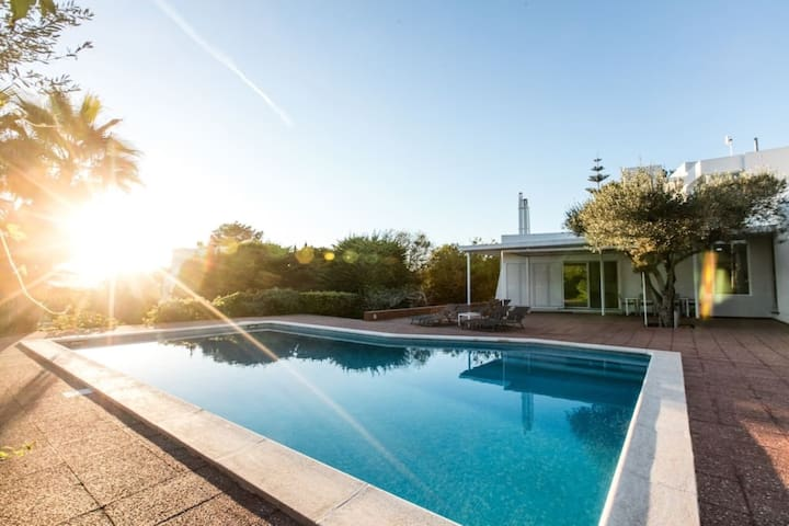 CAN LLUC Holiday Home with Wi-Fi, Air Conditioning, Pool, Garden and Sun Terrace