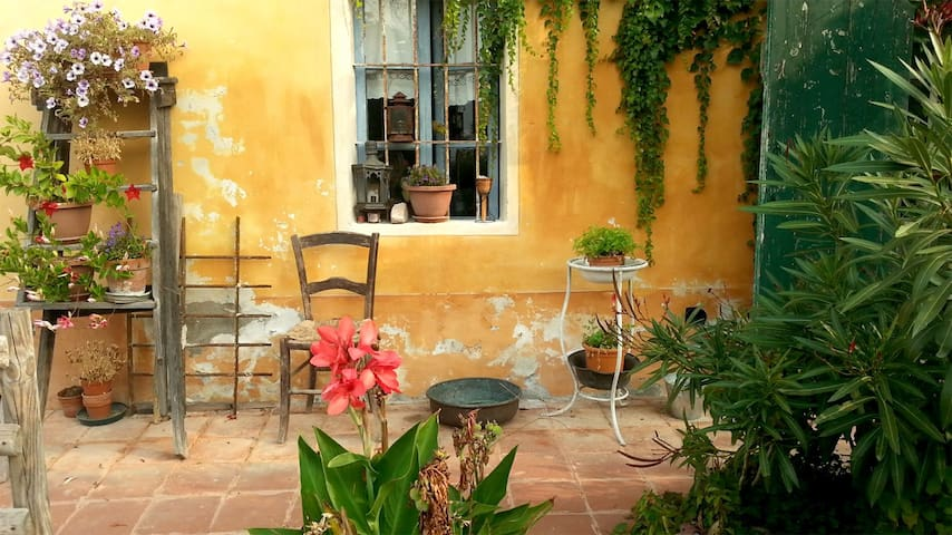 Pan Perdu - Camera Azzurra - Sciolze - Bed & Breakfast