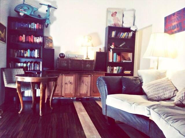 Cozy 2-room apartment - Berlin - Ev