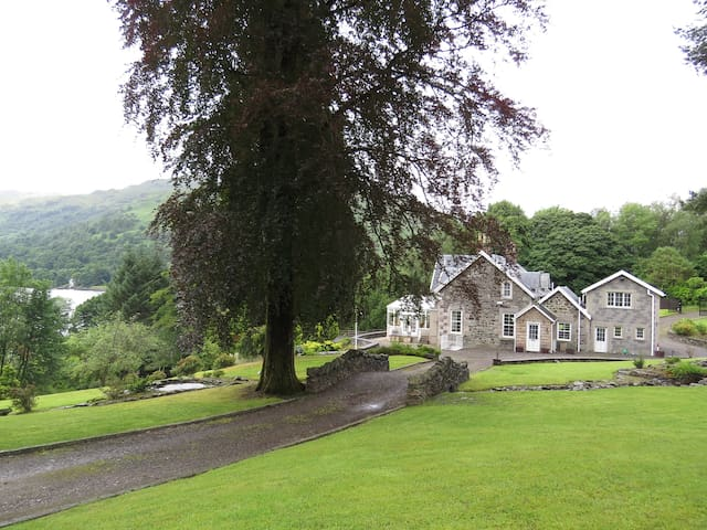 Ben Cruach Lodge
