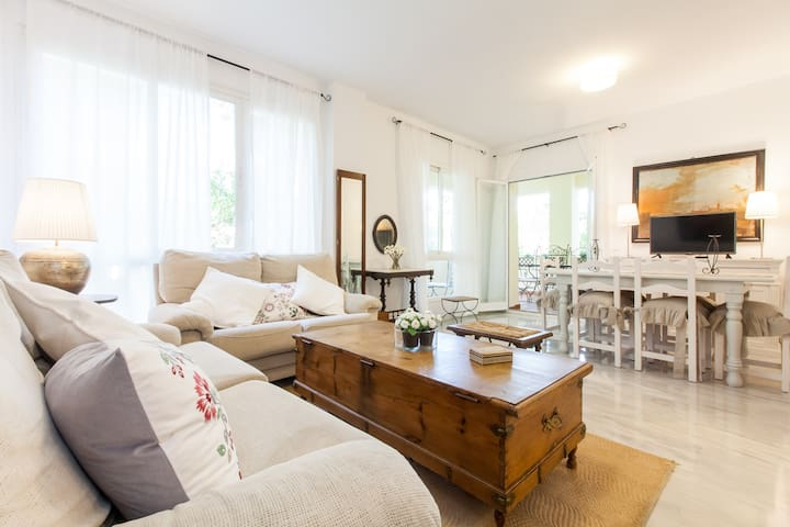 LUXURY HOLIDAY IN SEVILLE.10'CENTRO - Mairena del Aljarafe - Apartment