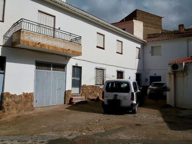 Incredible HOUSE! Incredible PRICE!