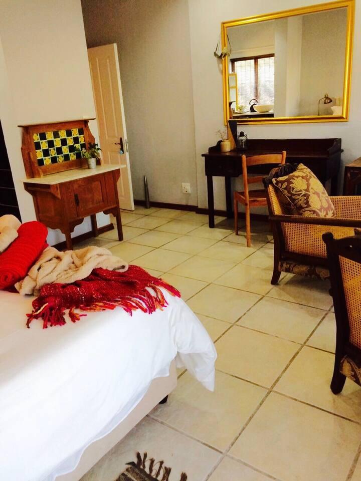 Holiday 1 bed, 1 bath beach apartment