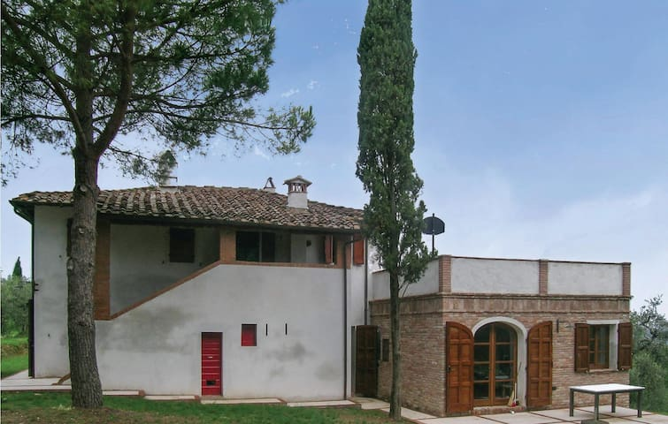 Holiday apartment with 3 bedrooms on 180 m² in San Miniato Pi