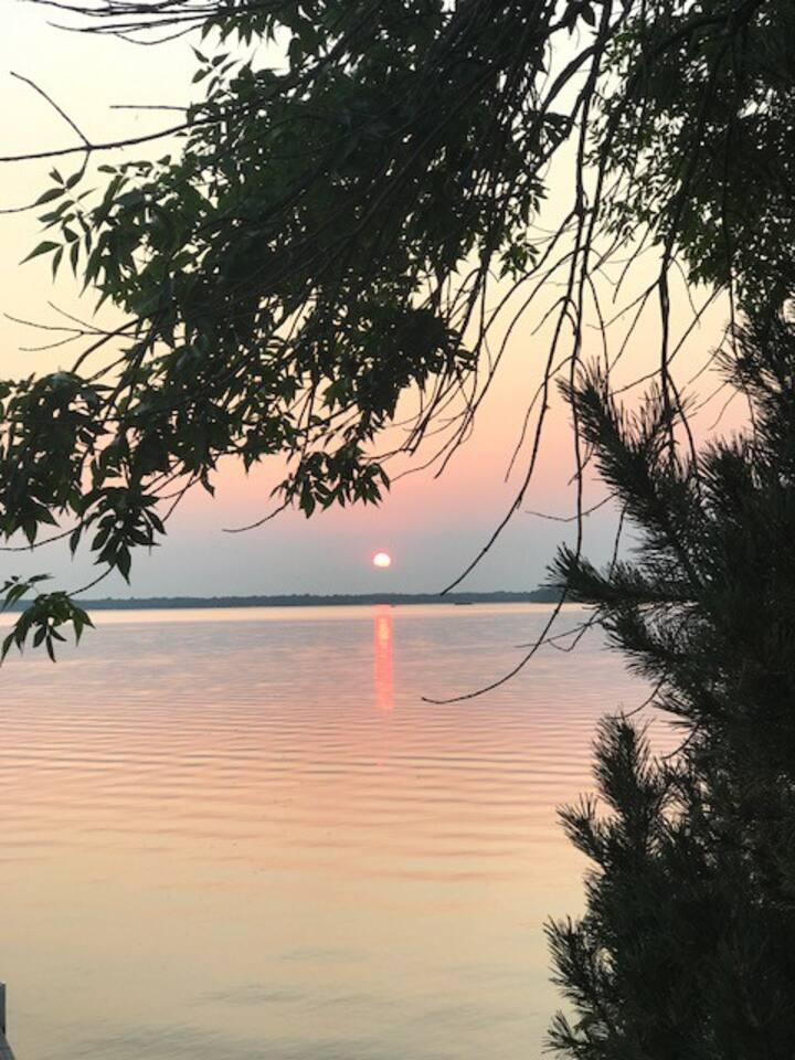 Moon Bay on Big Pine Lake
