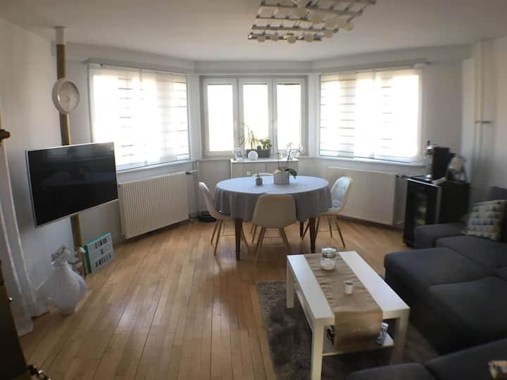 Appartement moderne et lumineux avec  terrasse